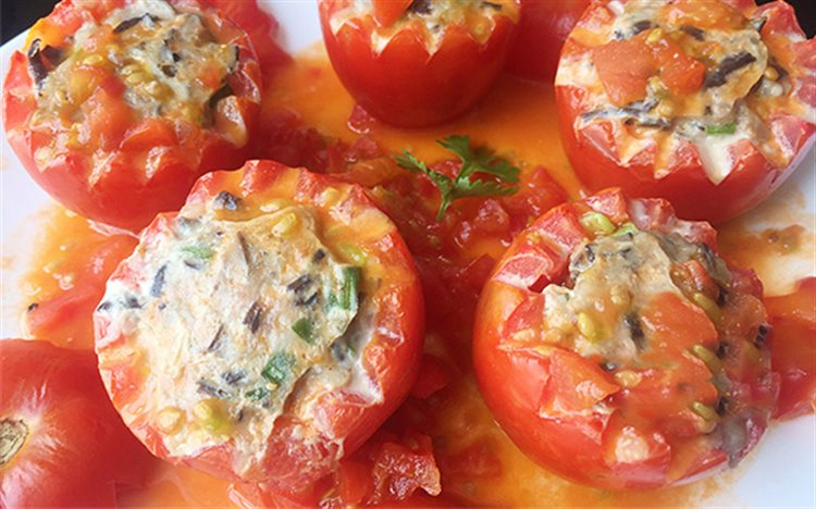 Cà chua nhồi thịt hấp